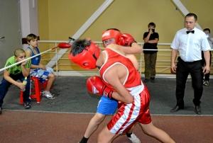 8-я пара. Амирбек Тимур (в красной форме) - Русаков Виктор