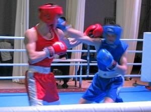 Полуфинал.  Алексей Помогалов (в синей форме) против Никиты Маюрникова (3)