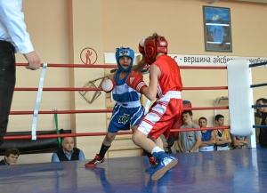4 Момент боя Ивана Балашова (в красной форме)  (3)
