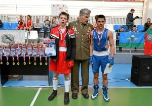 Награждение финалистов соревнований в весовой категории до 57 килограмм