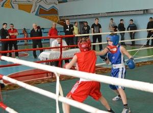 Финал. Момент боя с участием Егор Мартыненко (в синей форме) (4)