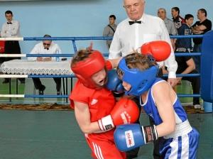 Финал. Момент боя с участием Егор Мартыненко (в синей форме) (5)
