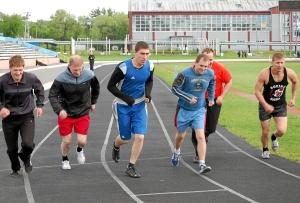 Бег на 3000 метров. Старт группы завершивших спортивную карьеру