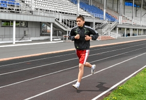 Бег на 3000 метров. Тимур Амирбек уулу