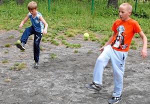 36 Жонглирование теннисным мячом (1)
