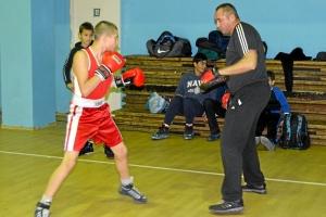 16 Дмитрий Красовский готовится к бою