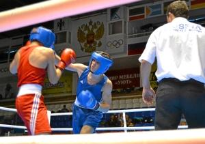 18 Полуфинальный бой Алексея Помогалова (в синей форме)