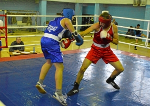 36 Момент боя с участием Рубика Шахбазяна (в синей форме)