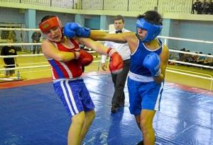41 Момент боя с участием Магомеда Пугоева (в синей форме)