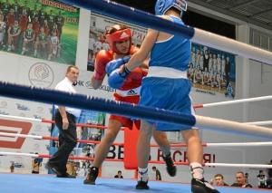 9 Второй бой на турнире Влада Трофимова (в красной форме)