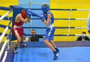 1 (1) Момент боя  Ивана Балашова (в синей форме)