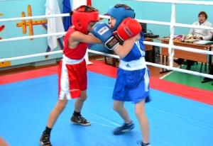 1 (35) Финал. Момент боя с участием Егора Пономарева (в синей форме)