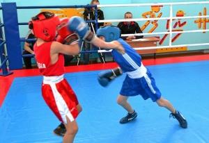 1 (36) Финал. Момент боя с участием Егора Пономарева (в синей форме)