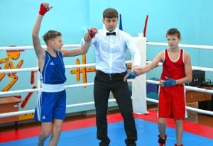 1 (44) Победил Александр Савкин. Рефери Павел Чабанов