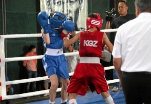 21 Финал. Момент боя Ивана Балашова (в синей форме)