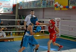 11-final-moment-boya-aleksandra-savkina-v-krasnoj-forme