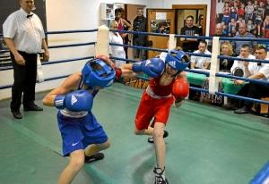 (12) Финал. На ринге Данил Жуланов (в синей форме)