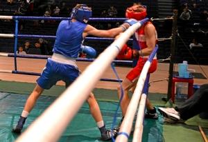 (3) 2-ой день. На ринге Иван Балашов (в синей форме)