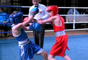 (12) Четвертьфинал. На ринге Сергей Чепля (в красной форме)