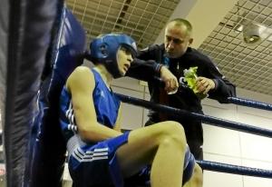 (3) Полуфинал. Иван Балашов в перерыве боя