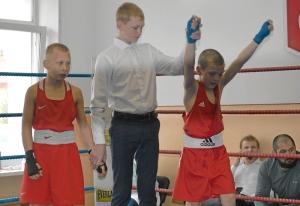 (4) Полуфинал. Победил Андрей Рыбников