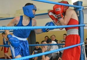 (7) Полуфинал. Момент боя Артема Алексеенко (в синей форме)