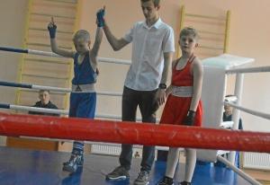 (12) Победил Андрей Рыбников