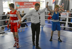(3) Четвертьфинал. Победил Антон Гобов