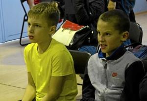 (9) Полуфинал. Юные болельщики