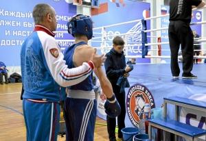 (23) Полуфинал. Вячеслав Горбунов перед выходом на ринг