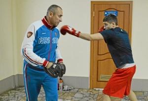 (27) Полуфинал. Иван Коломин готовится к выходу на ринг
