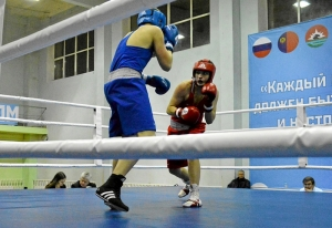 (31) Полуфинал. На ринге Иван Коломин (в красной форме)