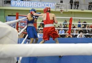 (47) Финал. Момент боя Вячеслава Горбунова (в красной форме)