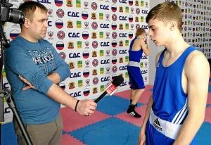 Иван Балашов дает интервью прокопьевскому ТВ