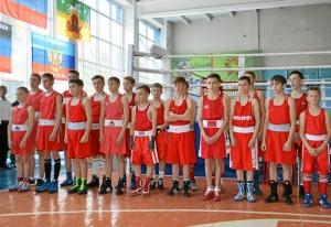 (1) Парад открытия соревнований. Команда Кемеровской области