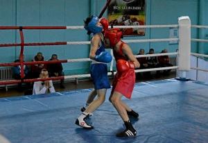 35 Финал. На ринге Андрей Дёмшин (в красной форме)