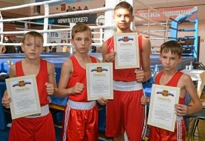 (11) Победители соревнований среди юношей среднего возраста