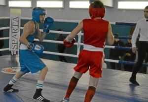 1 (7) Полуфинал. Егор Пономарев (в синей форме)