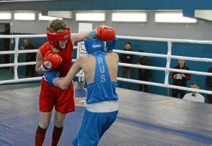 1 (8) Полуфинал. Егор Пономарев (в синей форме)