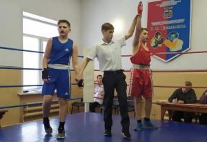 Победил Арсений Алиев