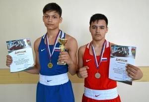 (6) Братья завоевали 1 и 2 места в весовой категории до 63 килограмм