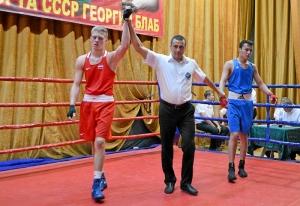 (6) Четвертьфинал. Победил Вячеслав Горбунов