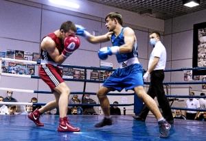 (13) Финал. В ринге Владислав Трофимов (в синей форме)